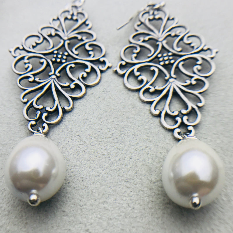 Deeborah Vintage White Mother of Pearl Drop Earrings
