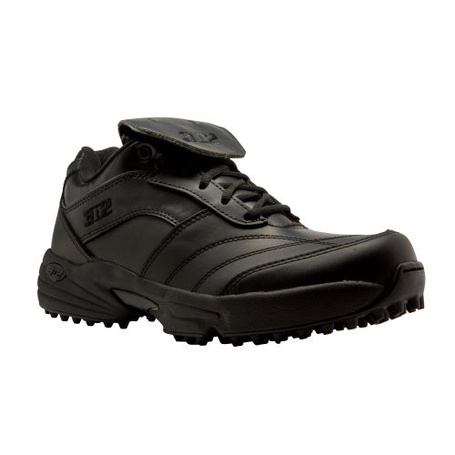 3n2 Reaction Lo Black Umpire Field Shoes: REACTION