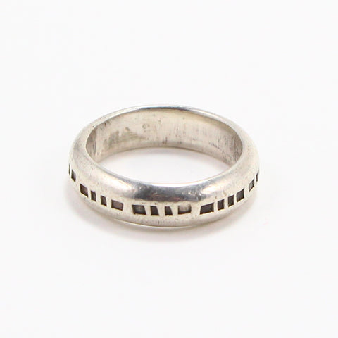 NAVAJO STAMPED BAND PINKY RING - SIZE 6.5-Ring-BRETHREN + SISTREN