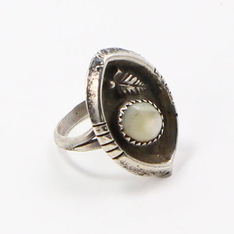 NAVAJO MOTHER OF PEARL RING - SIZE 5.25-Ring-BRETHREN + SISTREN