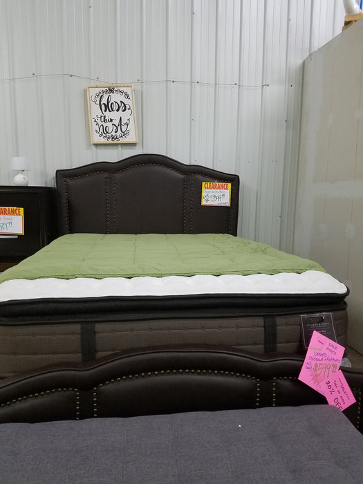 Misty Queen Bed, Padded with Nail Head Accents