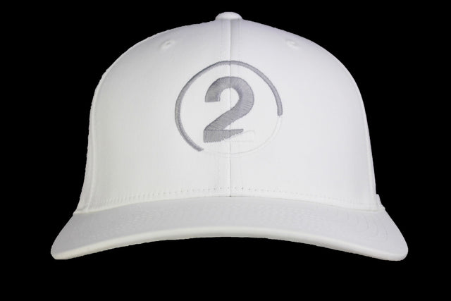 WHITE FITTED - 2GG Apparel