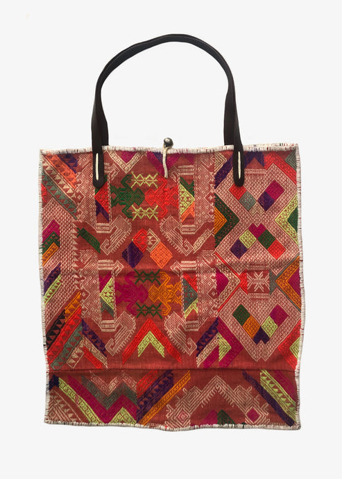 Momo_Tribal Tote Bag