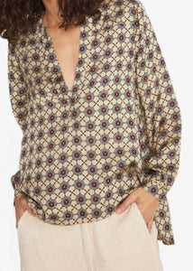 Swildens Aaron Blouse. Mosaic print blouse. Long sleeve fitted blouse