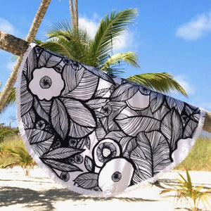 Eyes Of the Jungle, Round Towel, Black & White with Fringes