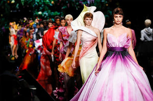 Moschino Spring Summer Fashion Like You Never Seen!