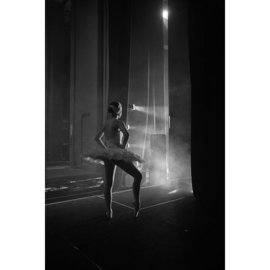 Backstage from the Ballet (Paris Opéra to the Mariinsky Theater) - High Definition Digital Video
