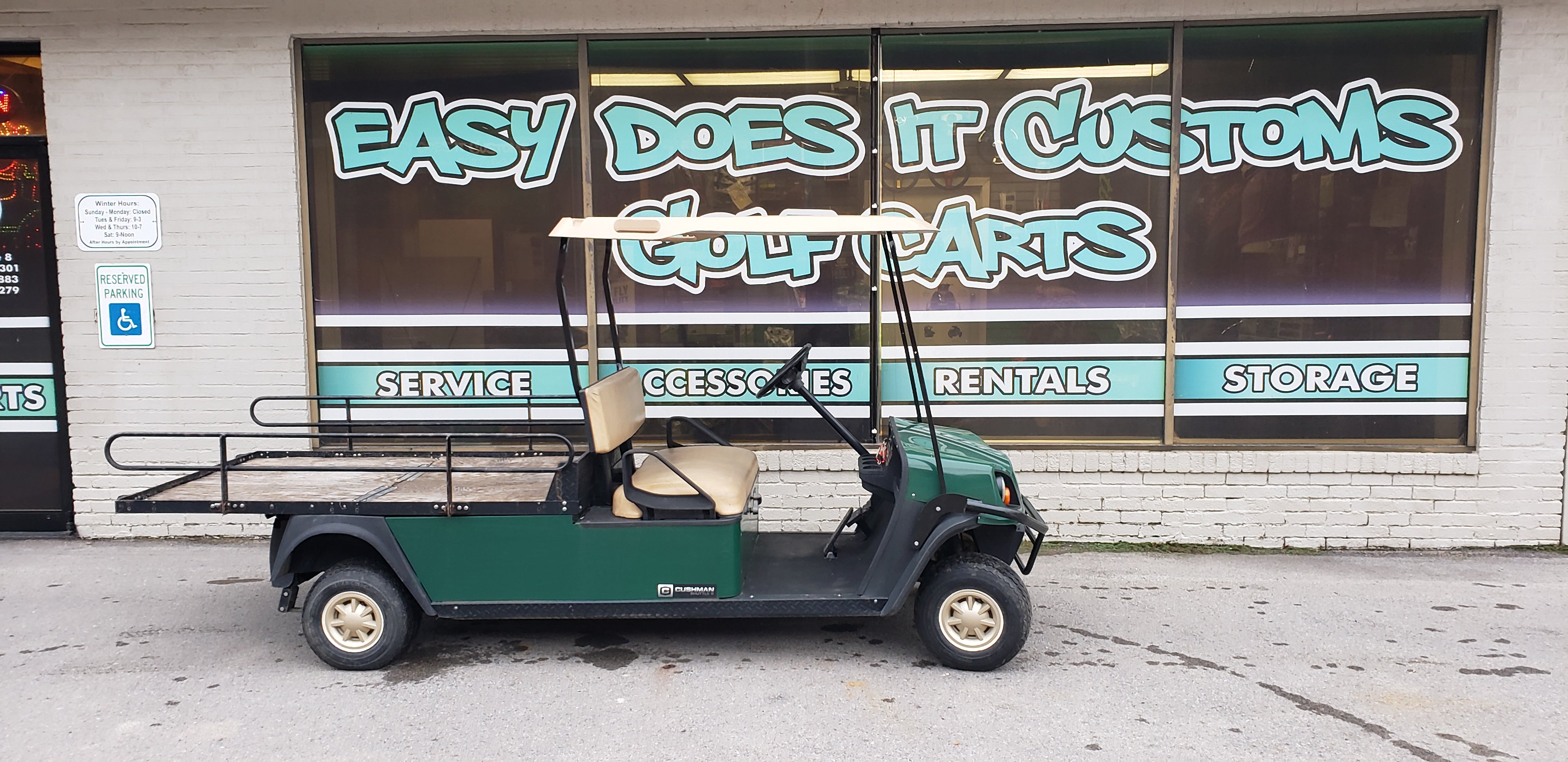 2013 Cushman Gas Hauler Utility with Flat Bed Golf Cart