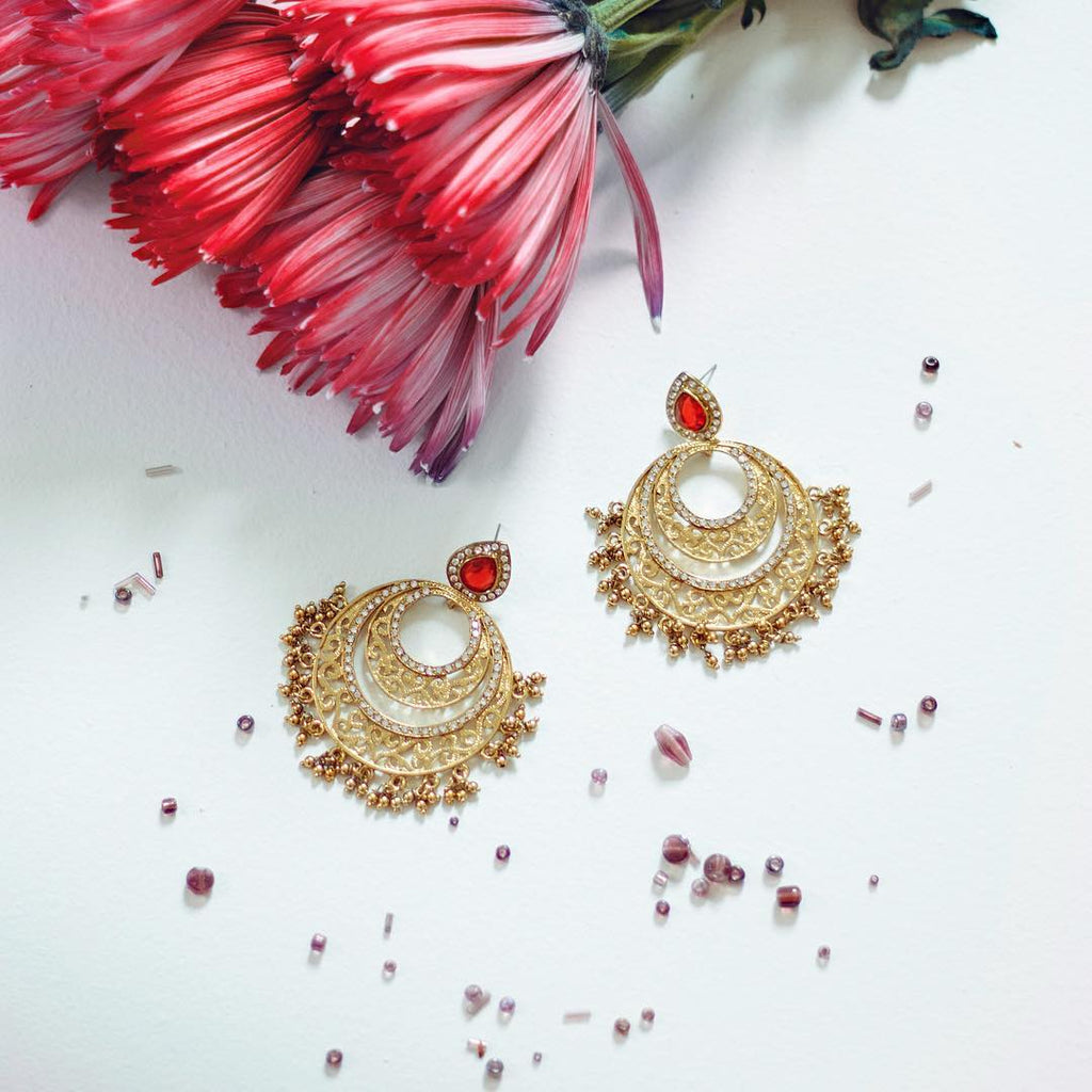 Siva crescent earrings in red