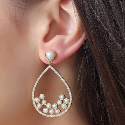 Pearl Droplet Mist Earrings