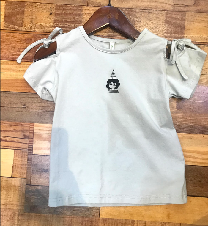 cone head girls' T-shirt
