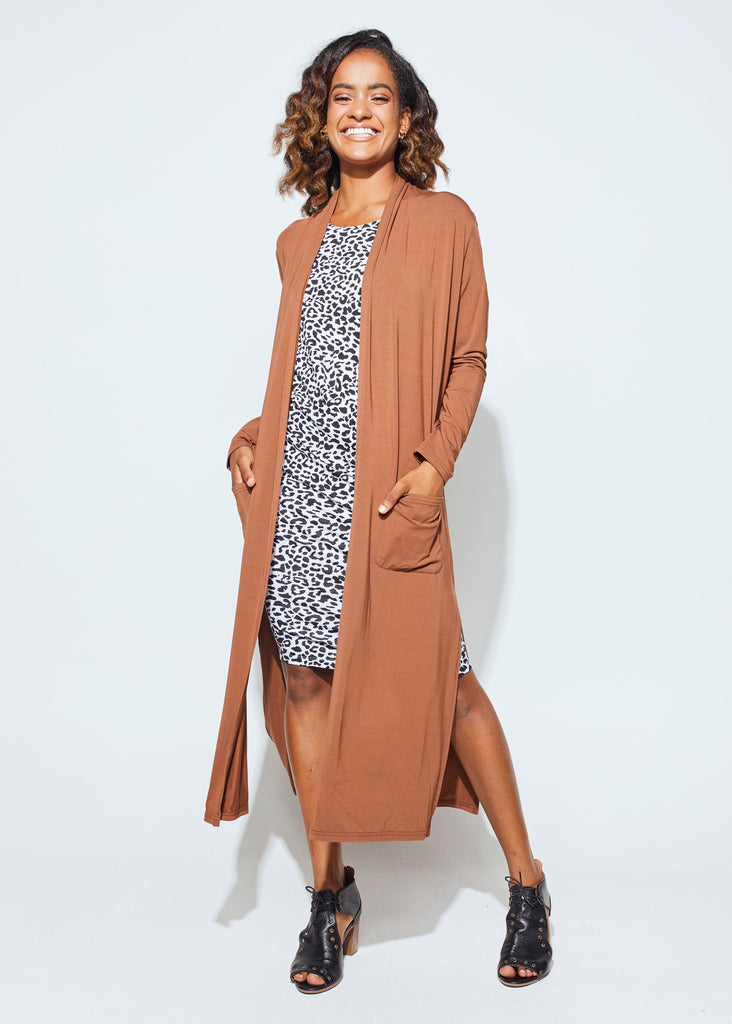 THE BAMBOO POCKET CARDI - TOFFEE