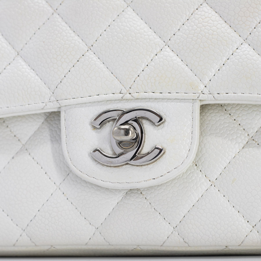 Chanel Quilted Caviar Medium/Large Classic Flap White
