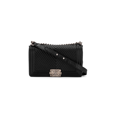 Chanel Chevron Old Medium Boy Black