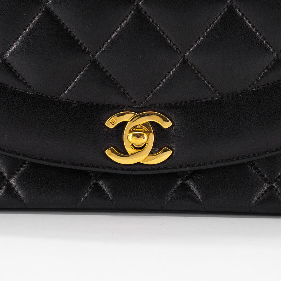 Chanel Vintage Small Diana Black 24k GHW