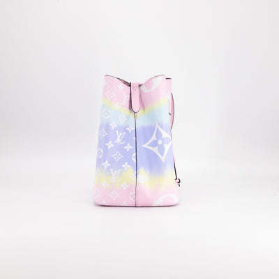 Louis Vuitton Escale NÉONOÉ MM Pastel