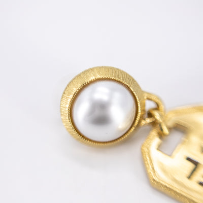 Chanel Drop Earrings Gold/Pearl