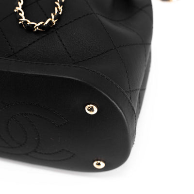 Chanel Crossbody Bucket Bag Black