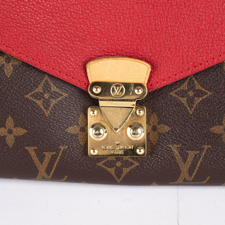 Louis Vuitton Crossbody Bag Monogram/Red