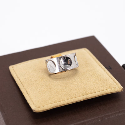 Louis Vuitton White Gold Ring 53
