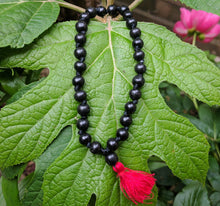 Ebony 27 bead large knotted