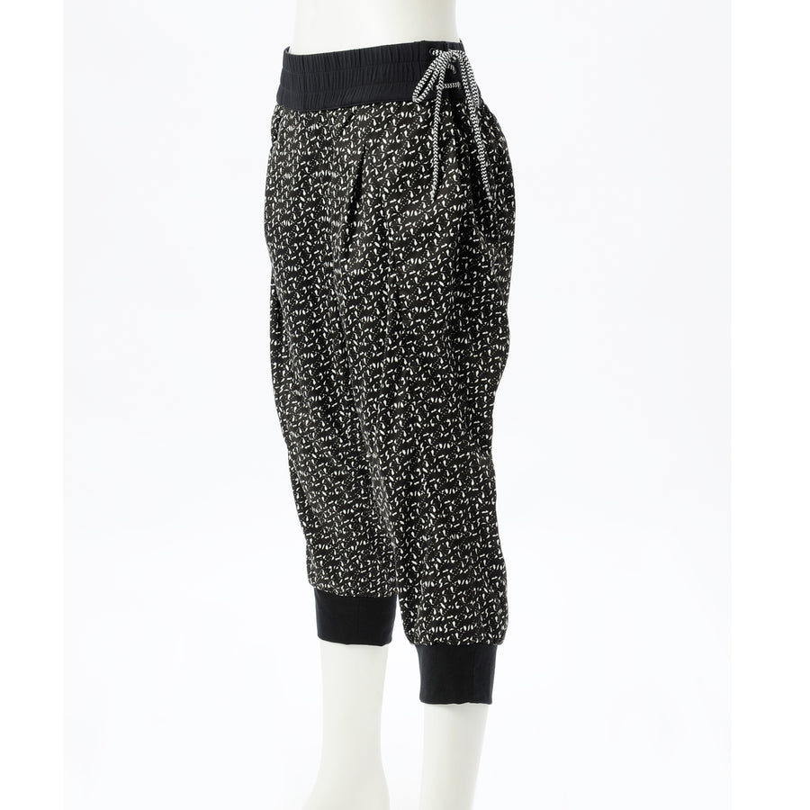 <NEW>G-FLX Capri Pants - Black + White