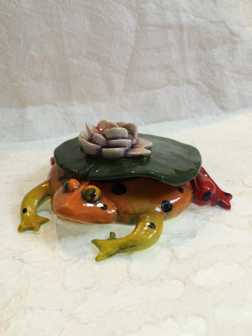 Ceramic Bowl - Frog Under a Lily Pad