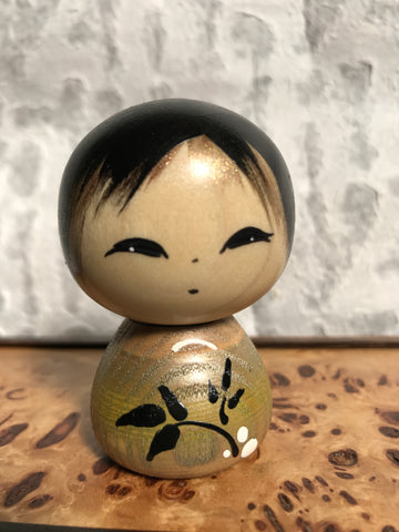 Kokeshi Doll - Leaves