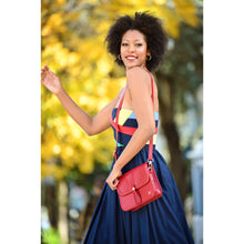 Load image into Gallery viewer, Tola Classic Shoulder Bag - Red