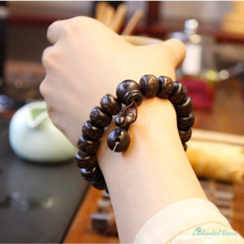 Ubeauty Hand carved real peach wood beads bracelet  (Buddha bracelets)