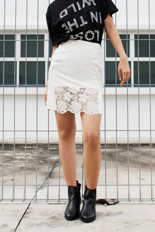 Francine Floral Window Mini Skirt - Lulu Be Mine