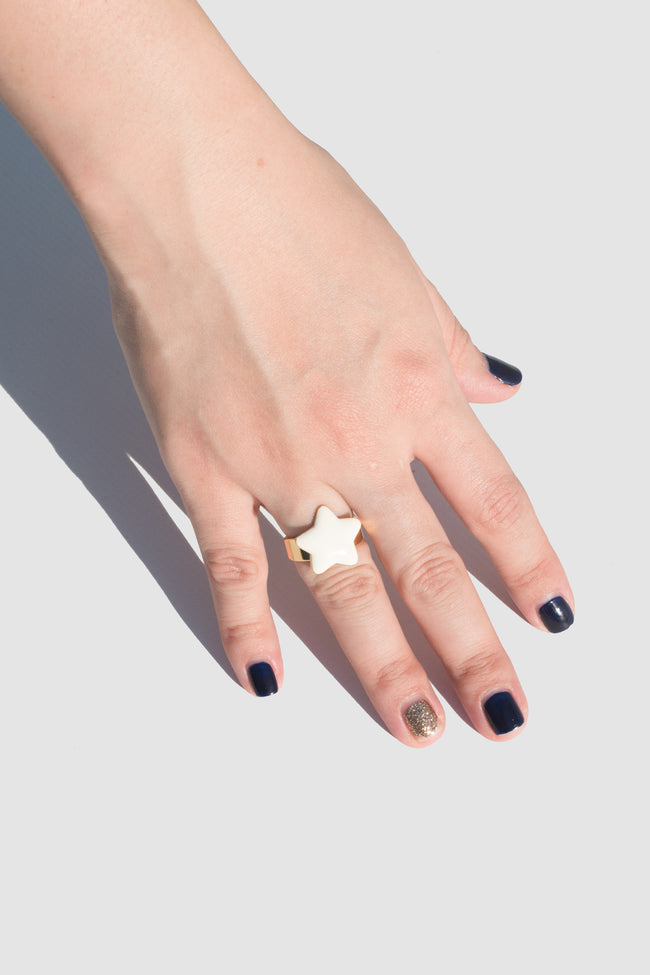 Ring With Enamel Star (White) - Lulu Be Mine