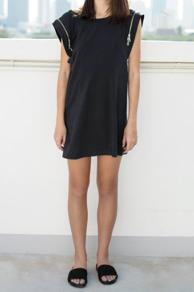 Twin Zip Tee Dress (Black) - Lulu Be Mine