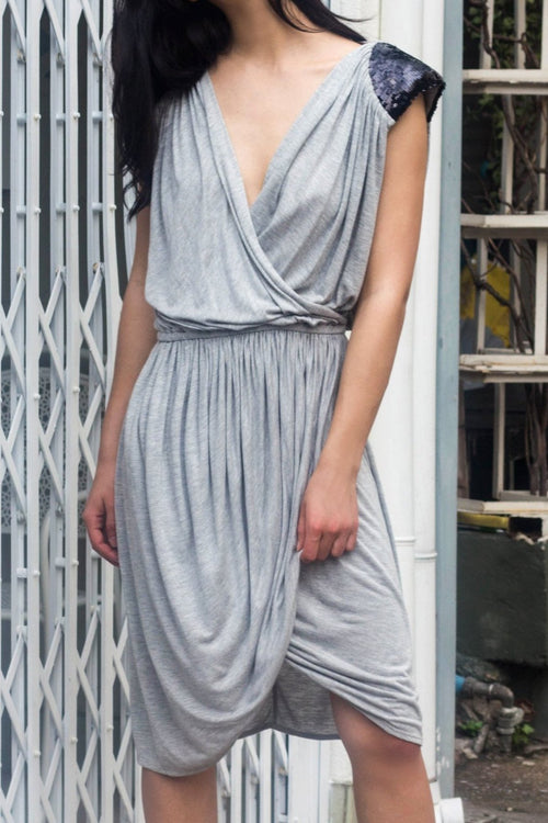 Jersey Dress With Shoulder Details - Lulu Be Mine