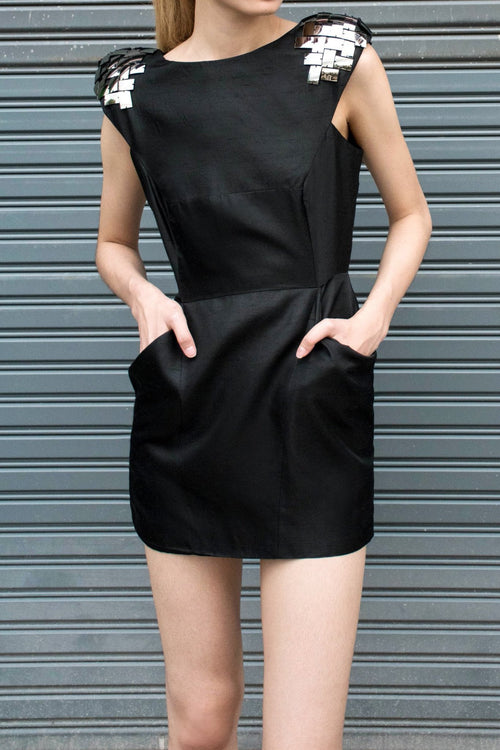 Paneled Dress With Oversized Pockets - Lulu Be Mine