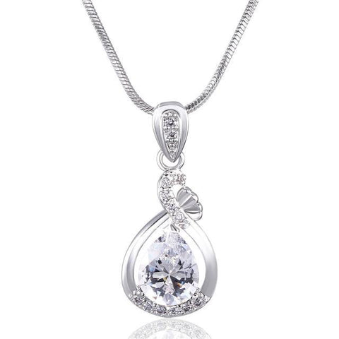 Fashionable Necklaces Women - Necklace