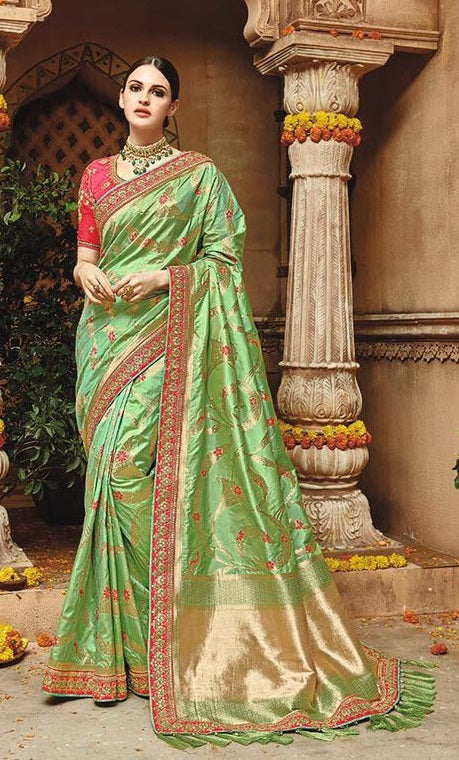 0134aa5cb4 Online Buy Bridal And Party Wear Women Sarees Below 8500 ...