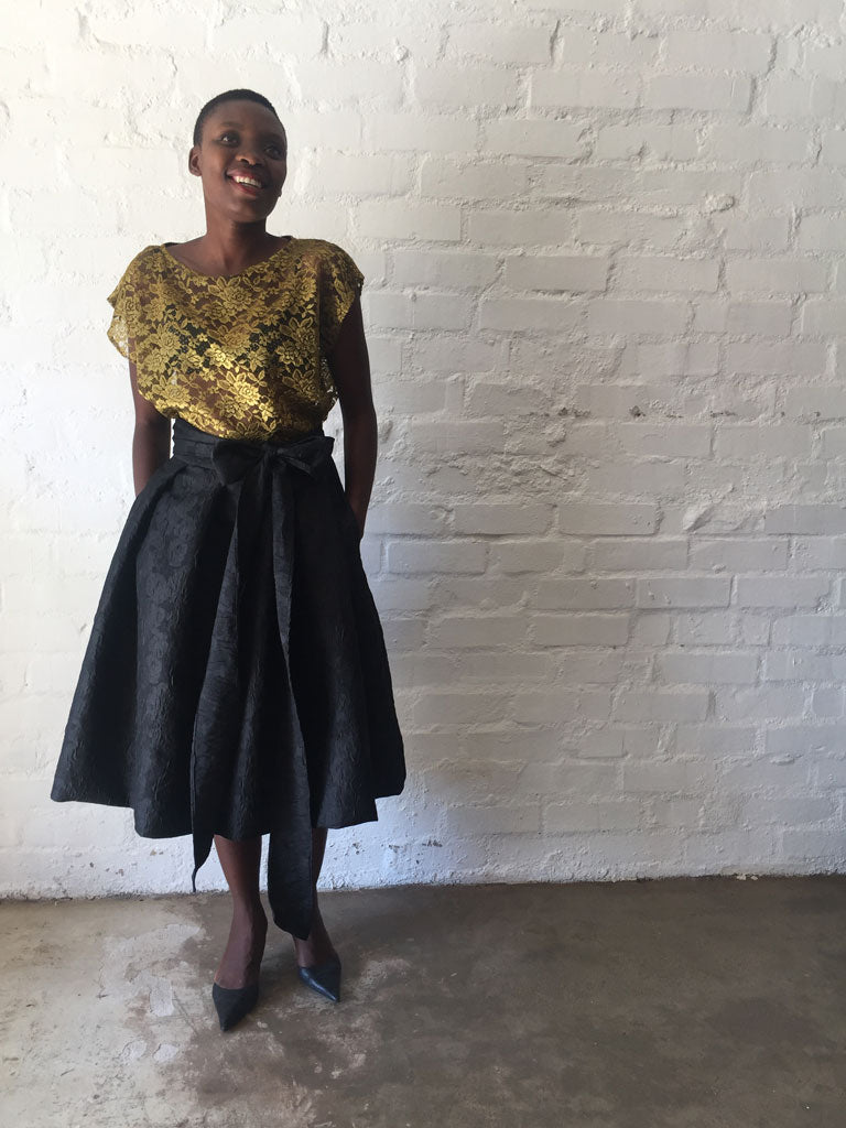 BLACK BROCADE |  THE MIDI PLEATED SKIRT