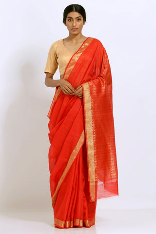 Red Handloom Silk Saree with Gold Zari Border and Rich Pallu