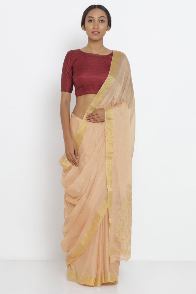 Peach Pure Crepe Saree with All Over Checked Zari Pattern and Detailed Pallu