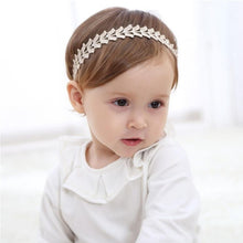 Load image into Gallery viewer, Leafy Headband - Mom and Bebe Ph
