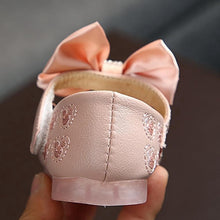 Load image into Gallery viewer, Naya Shoes 22-31 - Mom and Bebe Ph