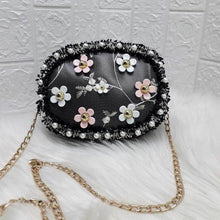 Load image into Gallery viewer, Embroidered Flower Bag
