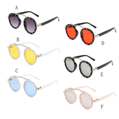 Kids Stylish Sun Glass - Mom and Bebe Ph