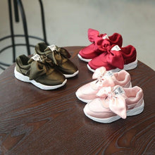 Load image into Gallery viewer, Girl Sneakers w/ Bowtie - Mom and Bebe Ph