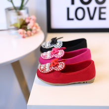 Load image into Gallery viewer, Minnie Mouse Kids Shoes - Mom and Bebe Ph