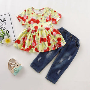 Blossom Top & Jeans - Mom and Bebe Ph