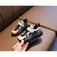 Load image into Gallery viewer, Korean Sneakers 28-39