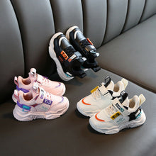 Load image into Gallery viewer, T-3 Kids Sneakers
