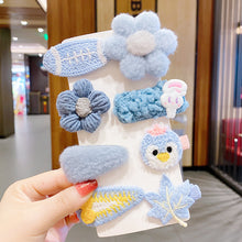 Load image into Gallery viewer, Plush Hair Clips 8pcs